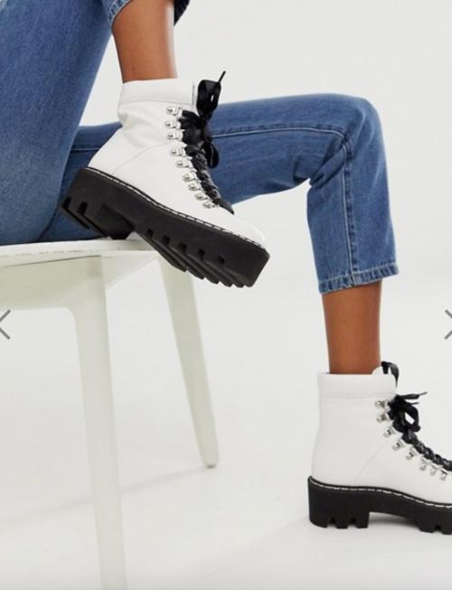 Lamoda - Chaussures à semelle épaisse style randonnée