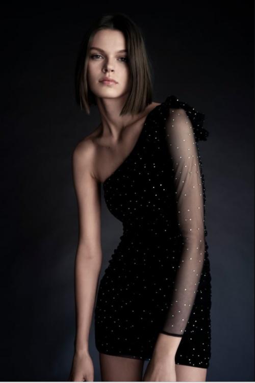Zara - Robe asymétrique à strass