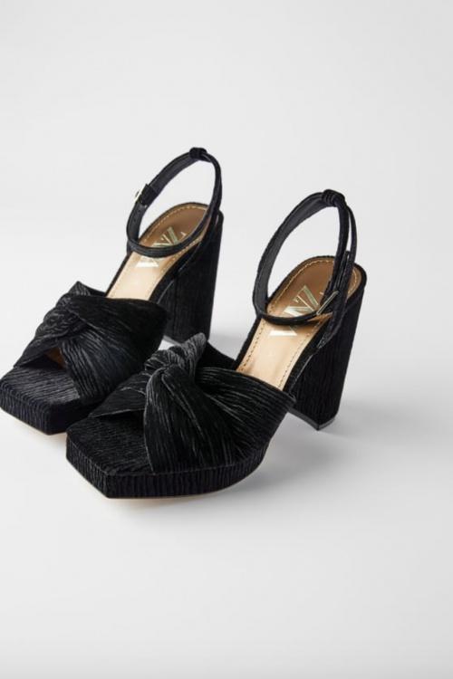 Zara - Sandales à talons velours