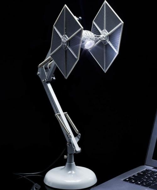 Cadeaux folies - Lampe de bureau Star Wars