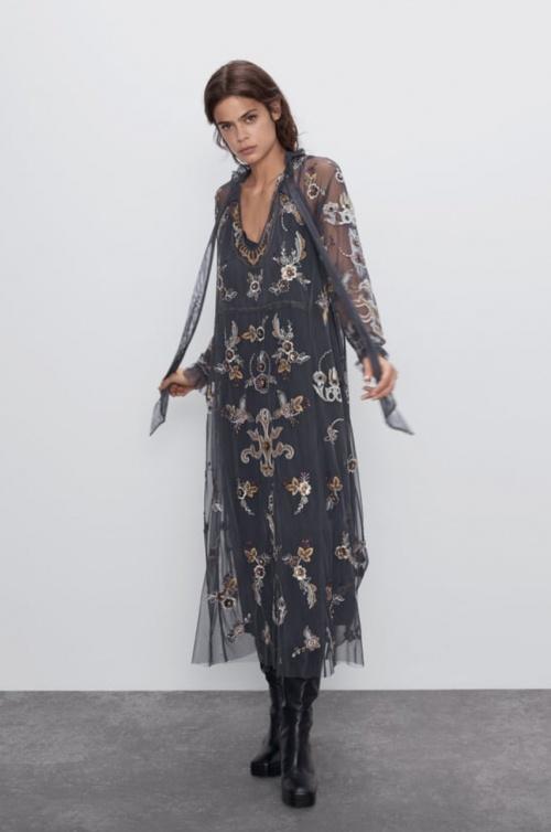 Zara - Robe brodée