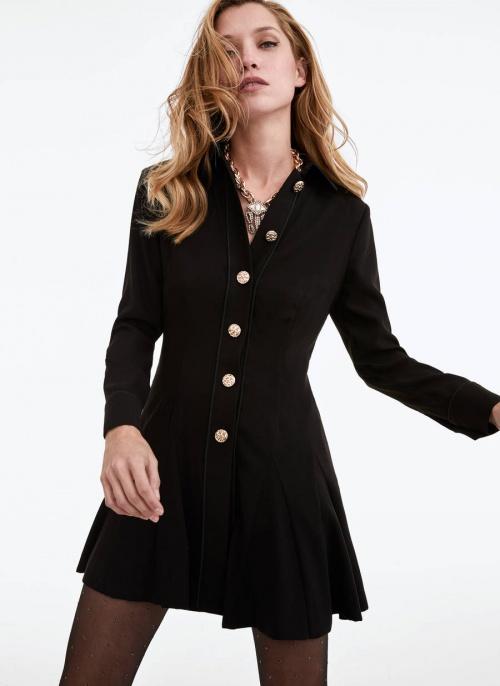 Uterqüe - Robe à boutons