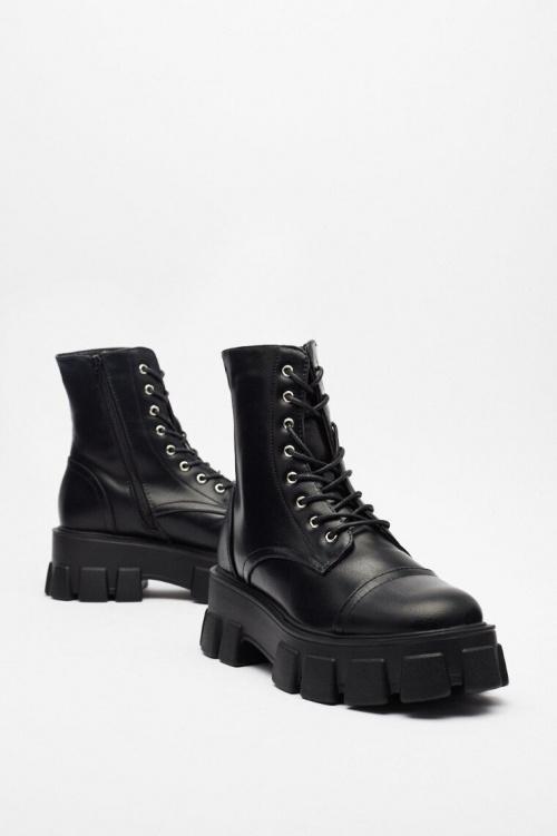 Nastygal - Boots grosse semelle