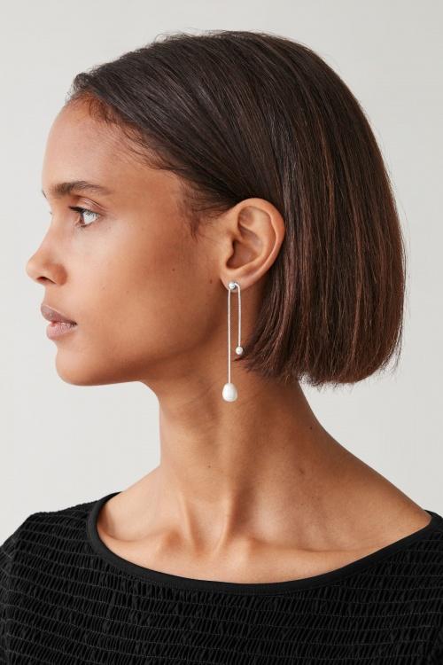 Cos - Boucles pendantes à perles