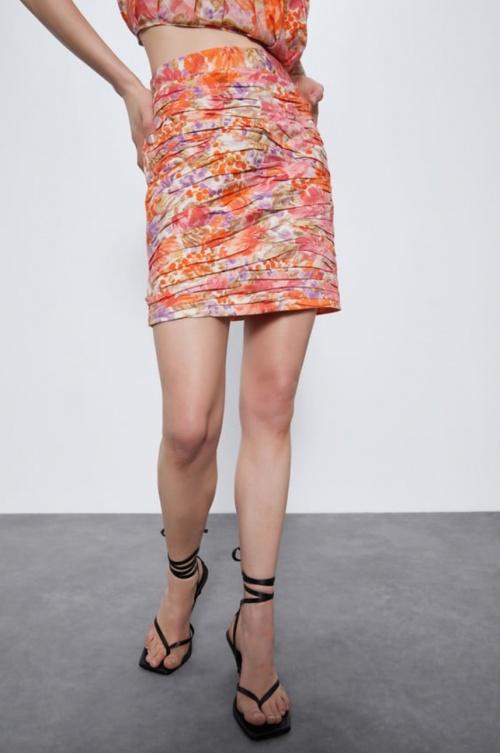 Zara - Mini jupe fleurie