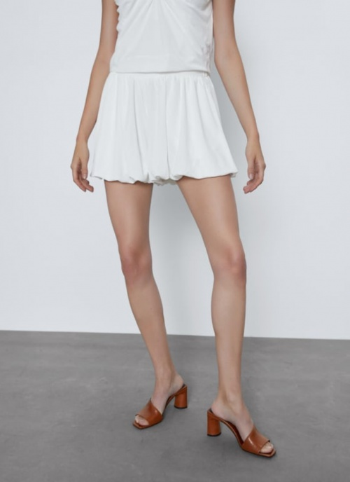 Zara - Short bouffant