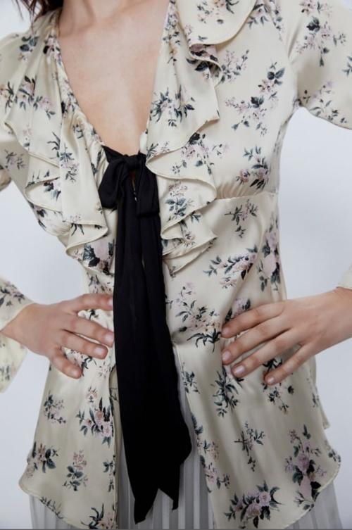 Zara - Chemise imprimée avec noeud