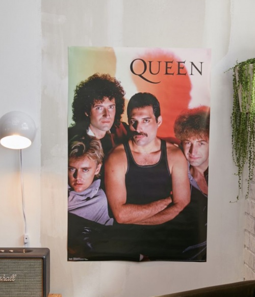 Urban Outfitters - Poster Queen