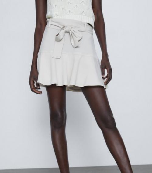 Zara - Mini jupe à volant