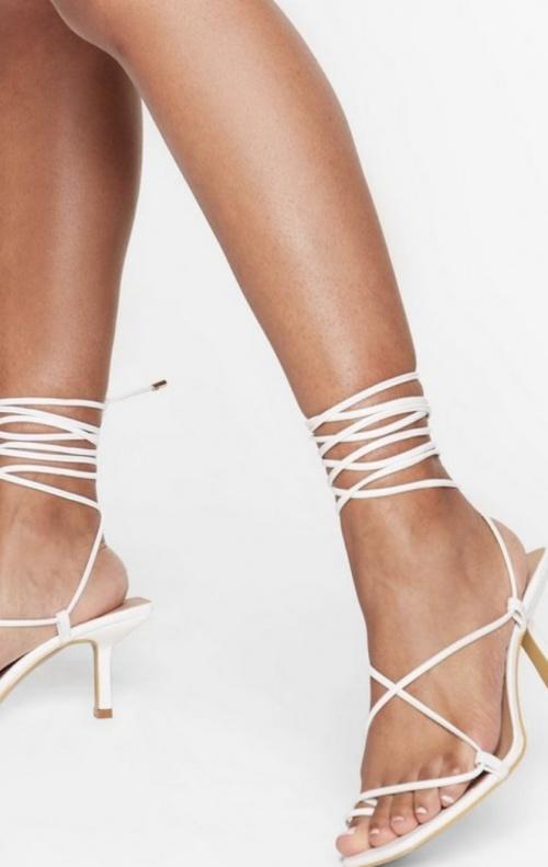 Nasty Gal - Sandales à lacets