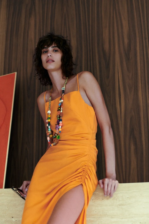 Zara - Robe à fentes