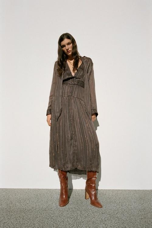 Zara - Robe imprimée avec ceinture