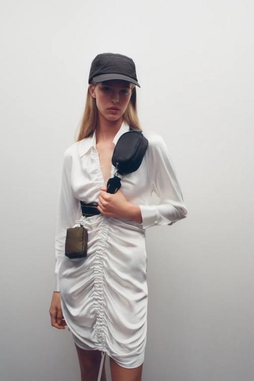 Zara - Petit sac avec porte monnaie