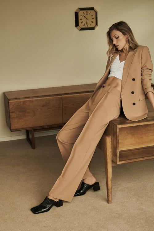 Zara - Pantalon droit à coutures