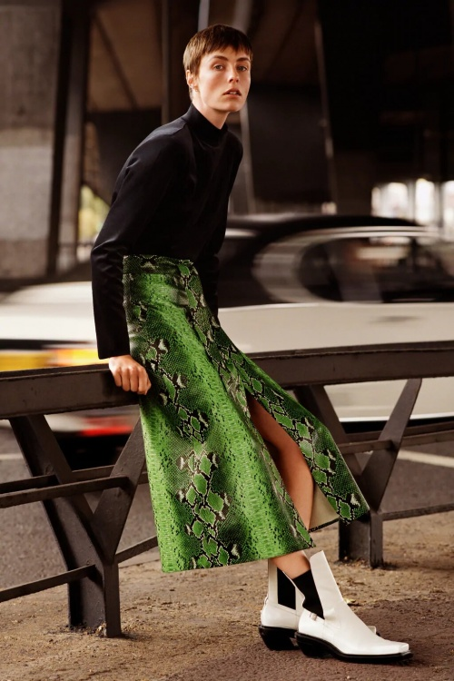 Zara - Jupe en cuir synthétique serpent