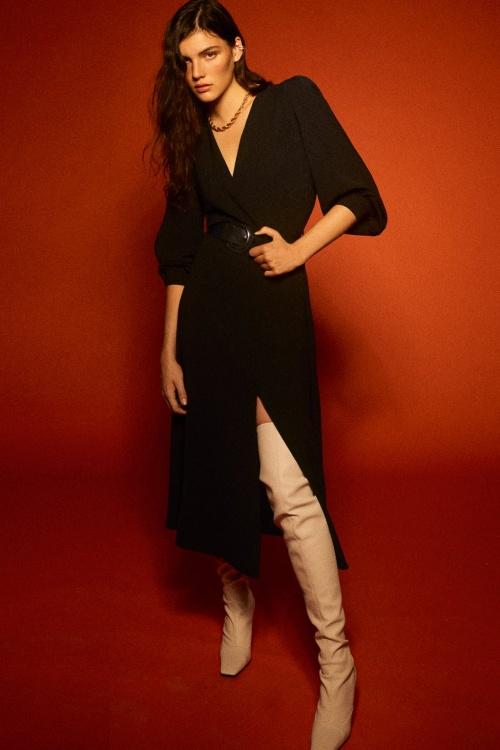 Zara - Robe mi-longue avec ceinture
