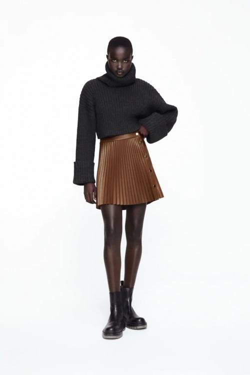 Zara - Jupe plissée en cuir synthétique