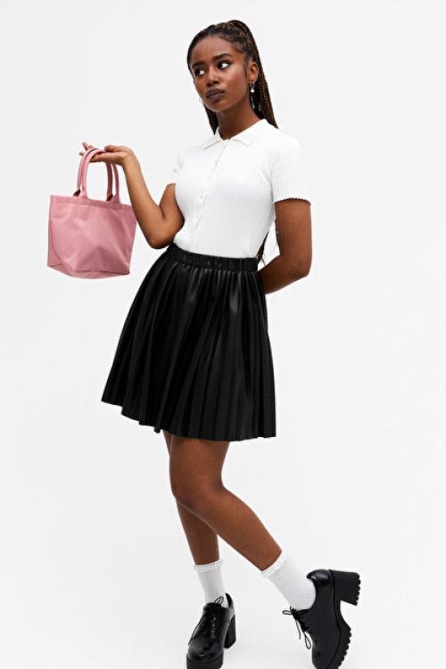 Monki - Mini jupe plisée