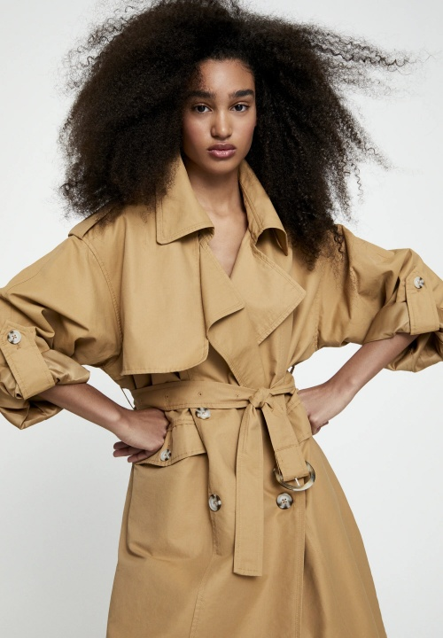 Pull & Bear - Trench camel