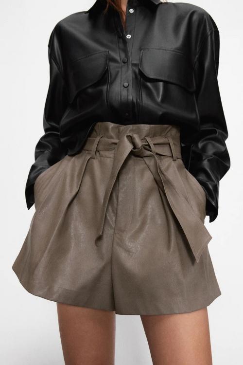 Zara - Short similicuir