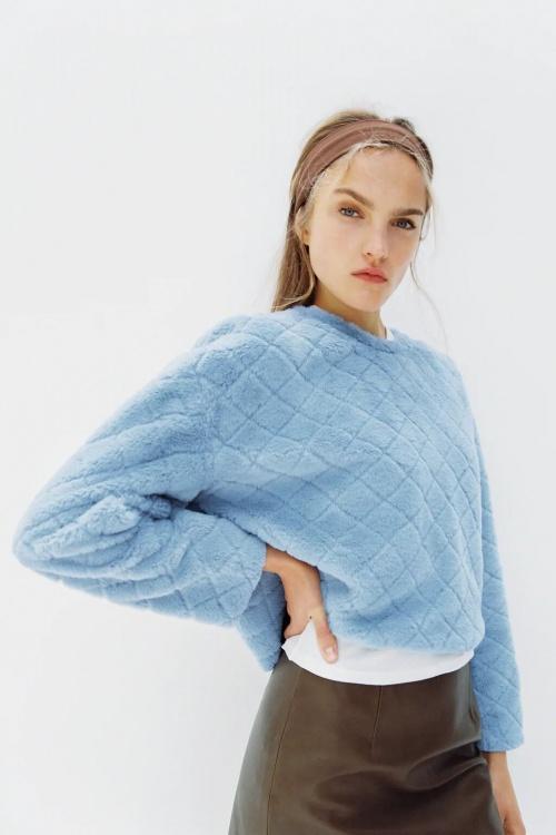 Zara - Sweatshirt en fausse fourrure