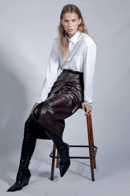 Zara - Jupe mi-longue en cuir