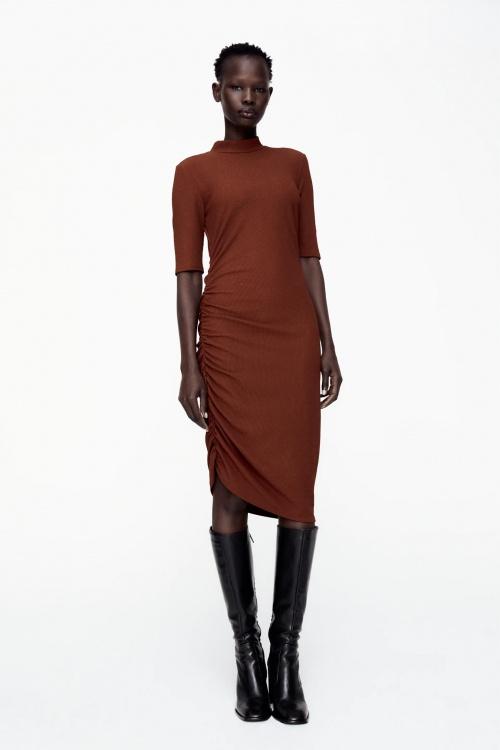 Zara - Robe à fronce latérale