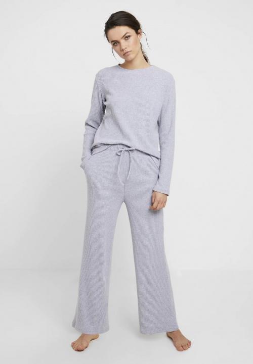 Anna Field - Ensemble pyjama gris