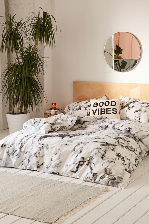 Urban Outfitters - Parure 230x220