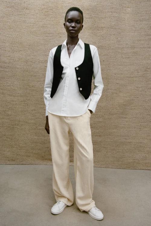 Zara - Pantalon jambes larges en velours
