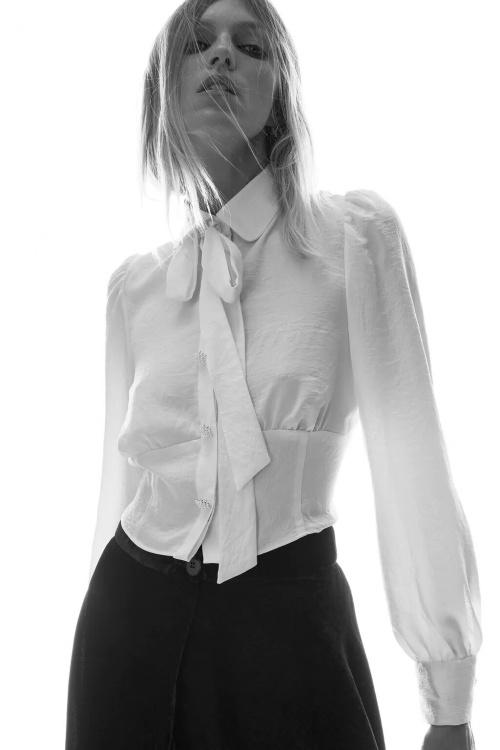 Zara - Chemise à noeud