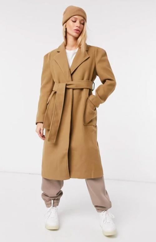 Fashion Union - Manteau avec ceinture