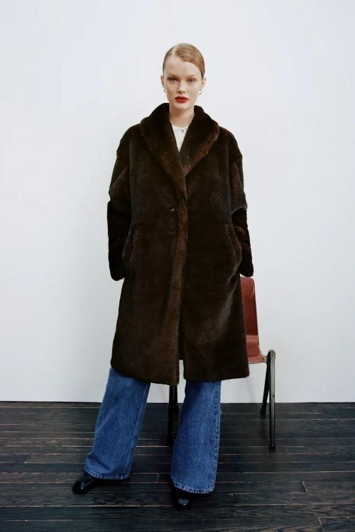 Zara - Manteau effet fourrure