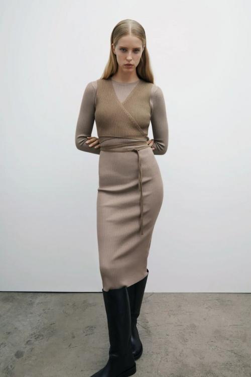 Zara - Robe mi-longue en maille