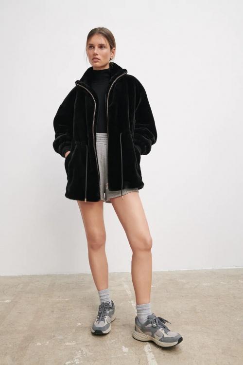 Zara - Blouson effet fourrure