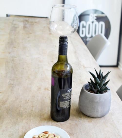 Verre-bouchon à vin