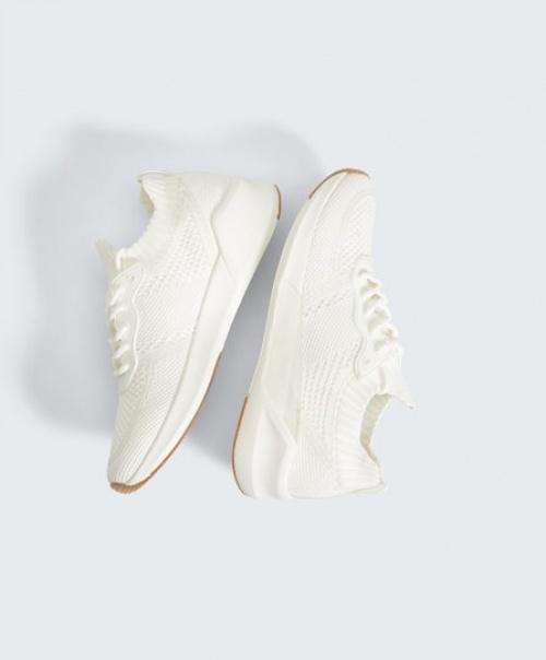 Oysho - Chaussures de sport à lacets