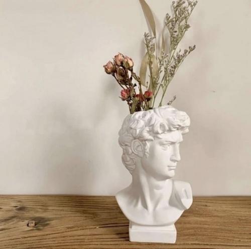 La maison Lumière - Buste vase antique