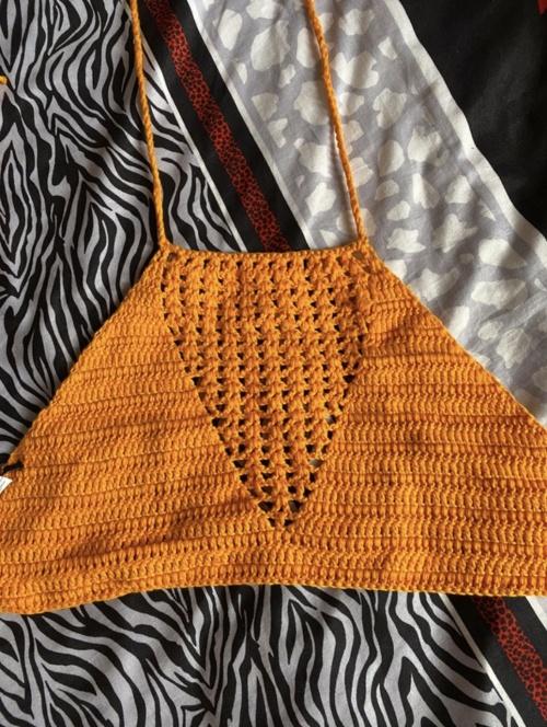 Forever 21 - Crop top en crochet