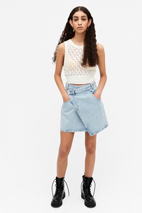 Monki - Jupe en jean asymétrique