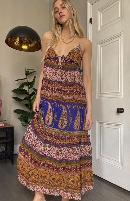 Urban Outfitters - Robe longue à bretelles