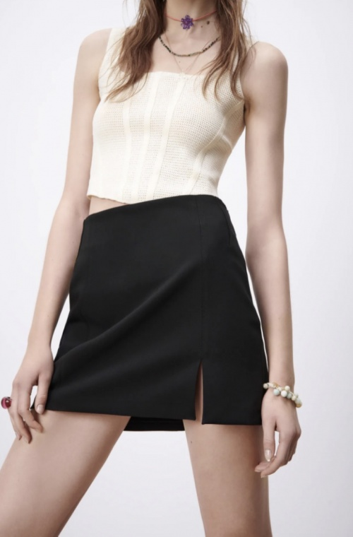 Zara - Mini jupe fendue