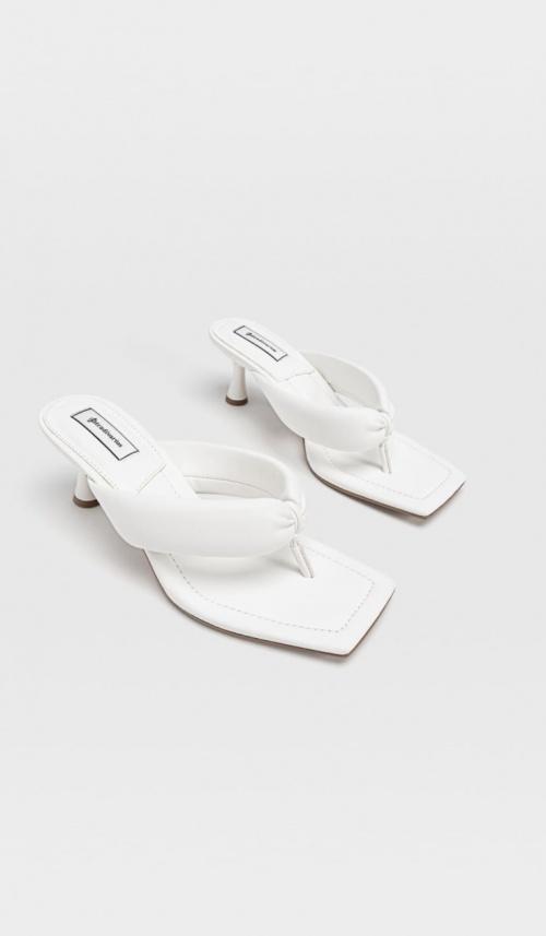 Stradivarius - Sandales à talons matelassées avec entre-doigts