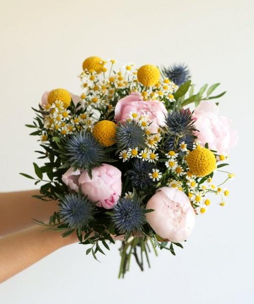 Monceau Fleurs - Bouquet de pivoines