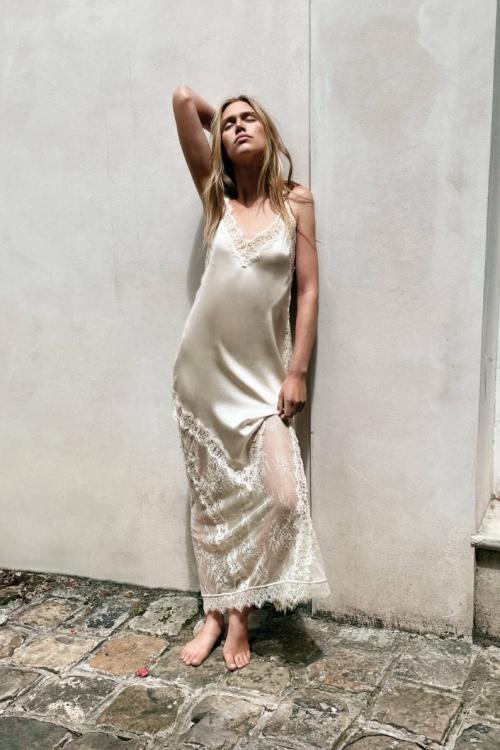 Zara - Robe en soie et dentelle
