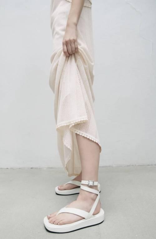 Zara - Sandales plates à brides