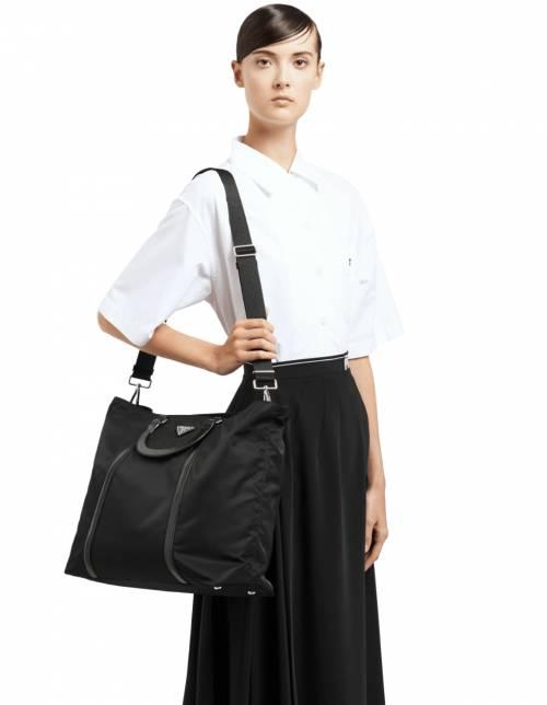 Prada - Grand sac cabas en nylon et cuir