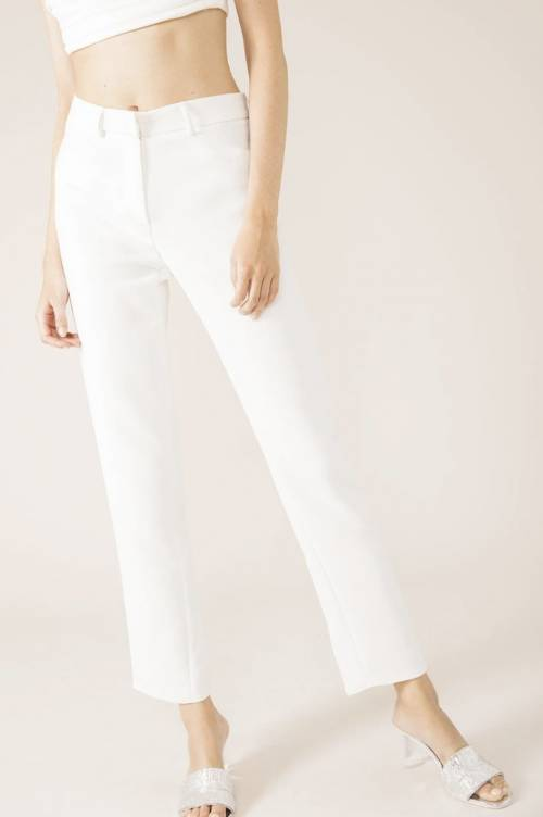 17h10 - Pantalon de tailleur en polyester recyclé