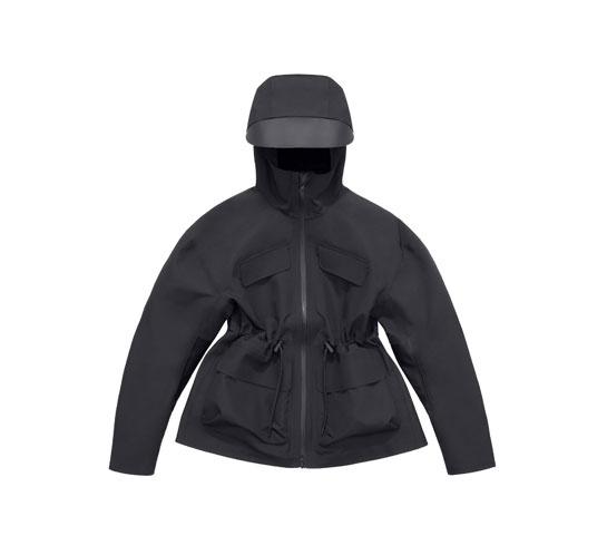 Veste coupe-vent Alexander Wang x H&M, 149 euros