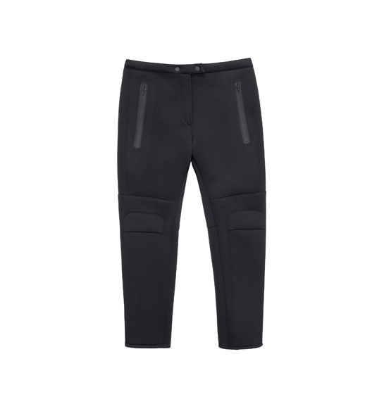 Pantalon Alexander Wang x H&M, 59,99 euros